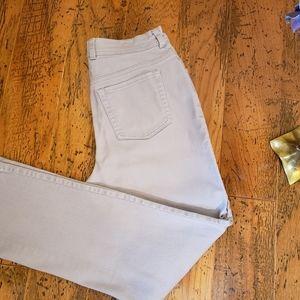 2 for 20 Gloria Vanderbilt Amanda Gray Jeans